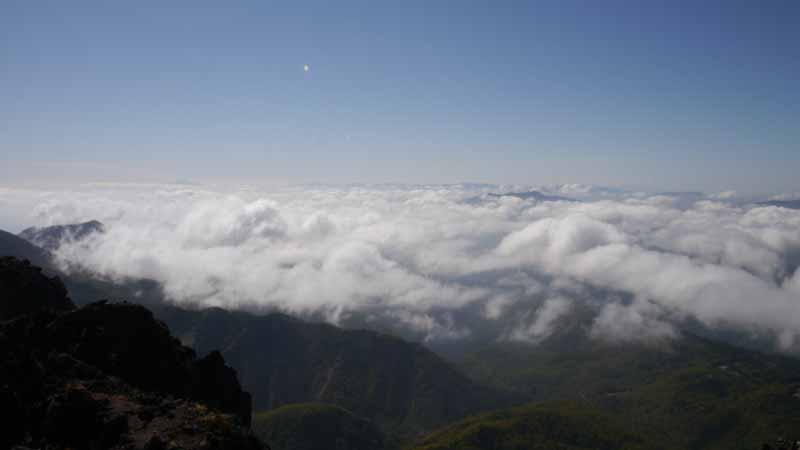 眼前に広がる雲海